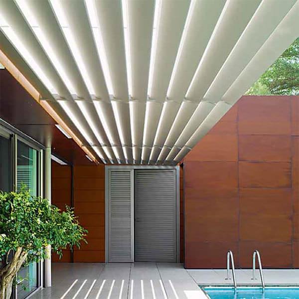Protections solaires aluminium par la Menuiserie Merieau